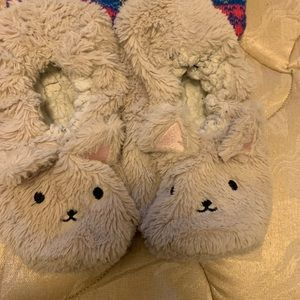 🌟5/$10🌟Set of 3 slippers